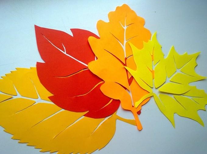 Как сделать из цветного картона лист дерева открытка