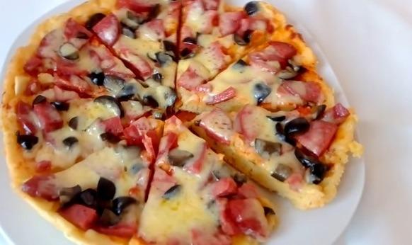 Пицца на сковороде с майонезом за 10 минут